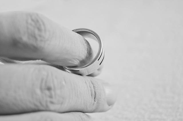 Rozwód można łatwiej przeprowadzić z pomocą dobrego prawnika
