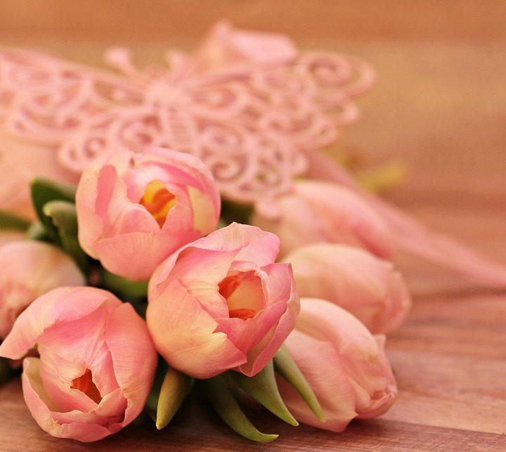 Jakie kwiaty dać 8 marca?