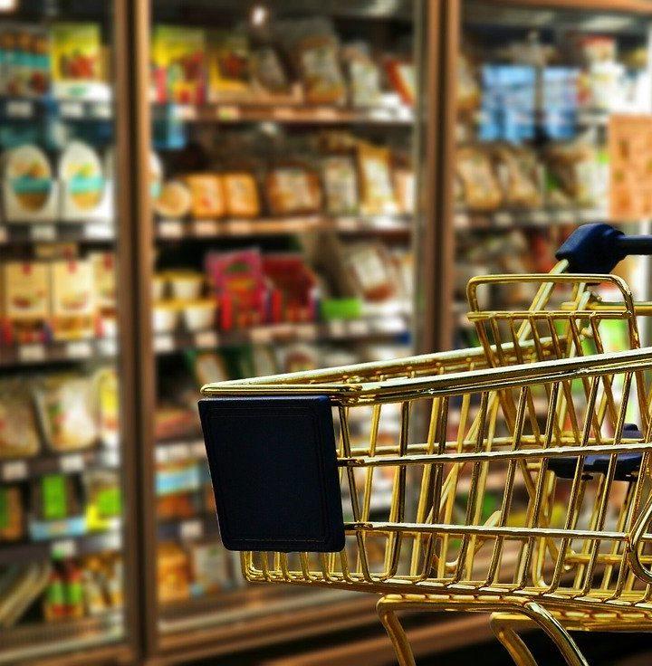 Gazetki reklamowe sklepów zdecydowanie ułatwiają zakupy