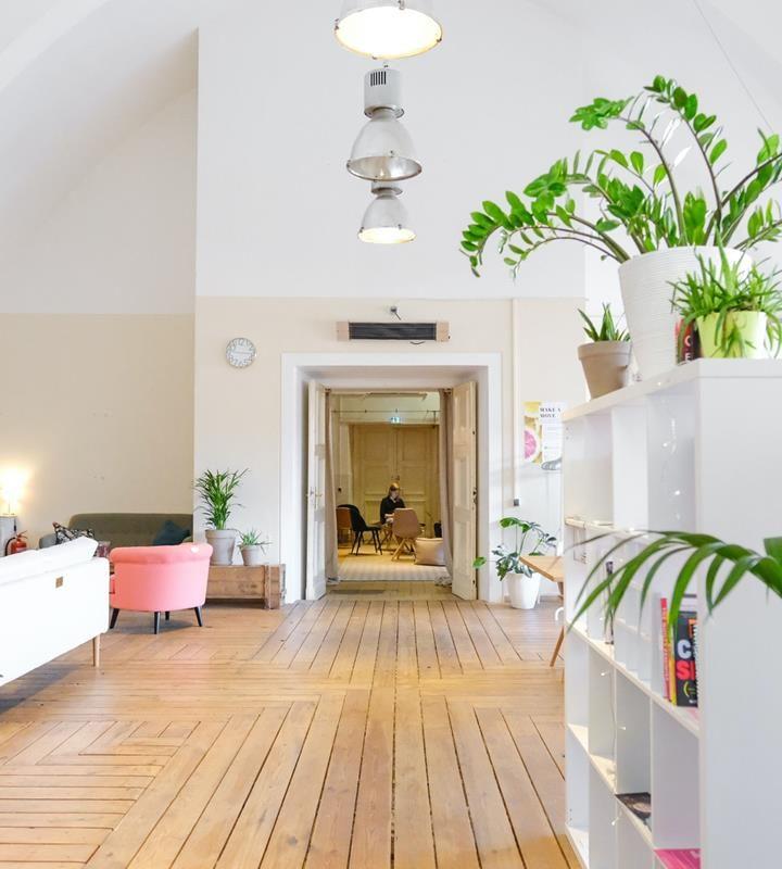 Jaki rodzaj podłogi wodoodpornej zastosować w naszyj kuchni i łazience?