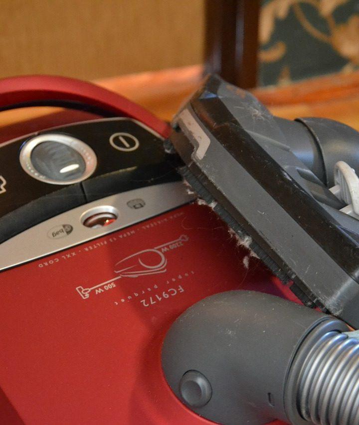 Sprzątanie biur połączone z profesjonalną dezynfekcją