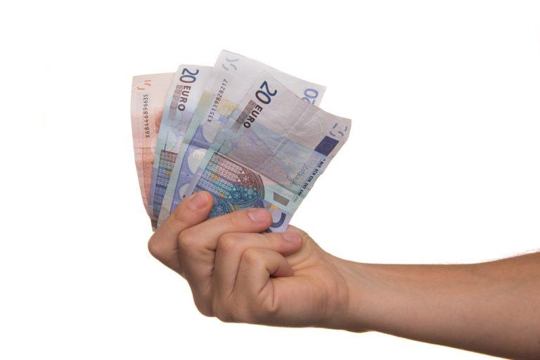 Ekspert finansowy – pożyteczne wsparcie w świecie bankowych ofert