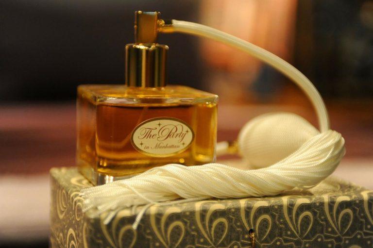 Perfumy to doskonały pomysł na prezent
