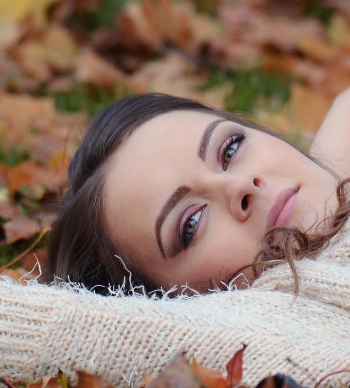 Wiele kobiet wybiera wypełnienie zmarszczek kwasem hialuronowym