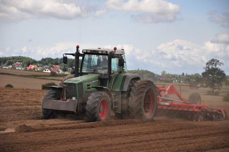 Rolnicy potrzebują wysokiej jakości części zamiennych do maszyn